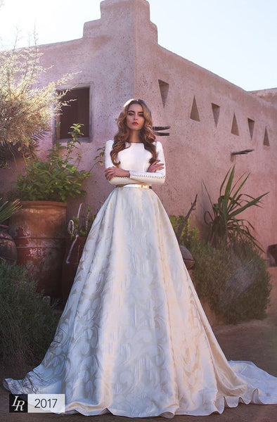 Long Sleeve Wedding Dresses and Shoes