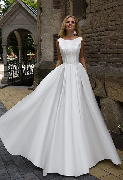Oksana Mukha wedding dress