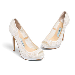 lace wedding shoes, bridal heels, bride flat, peep toe, jane, ivory, styled