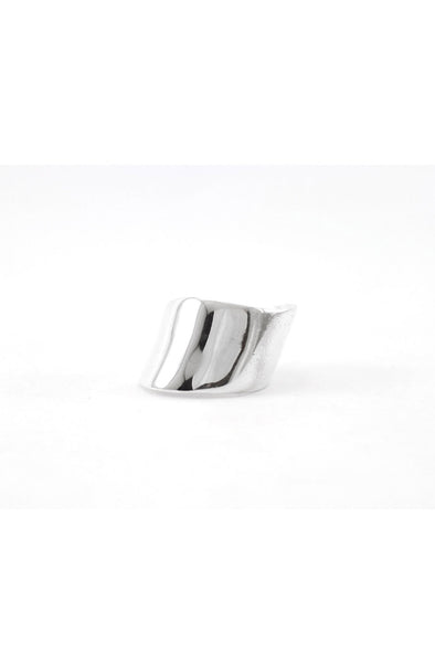 Curvy ring silver chevalier