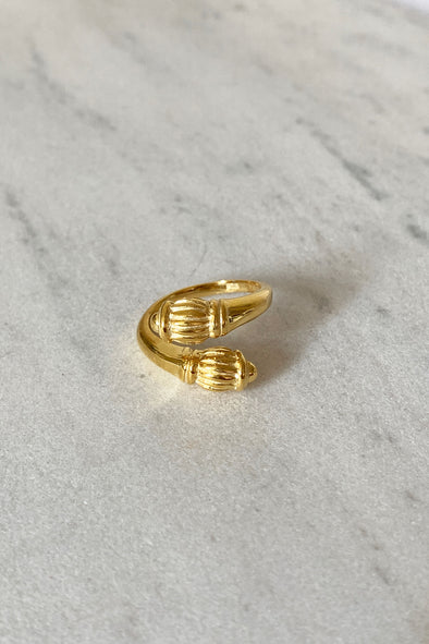 Hive ring gold