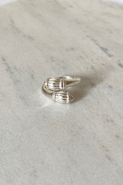 Hive ring silver