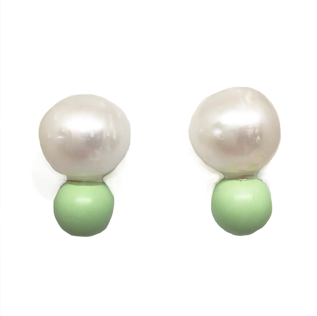 Big Pearl, little pistachio green