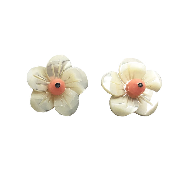 Blossom coral stud