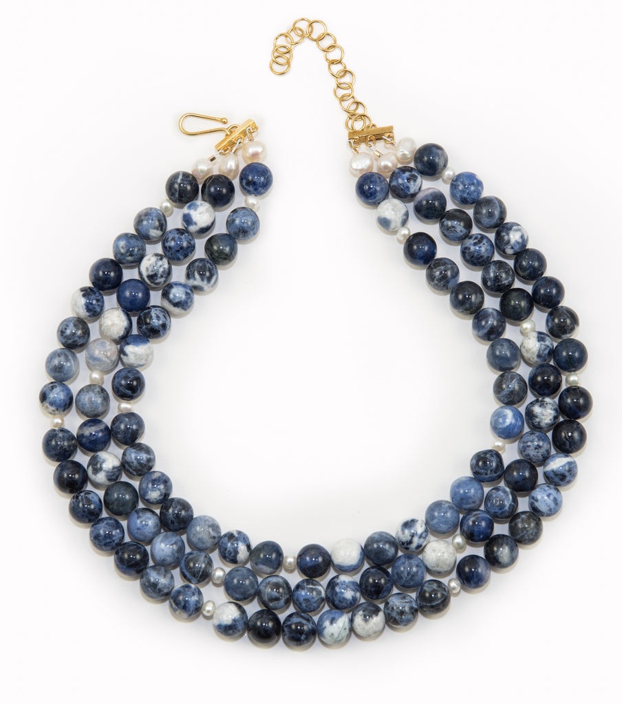 Westminster necklace in navy