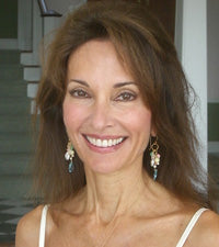 jewelry seen on Susan Lucci