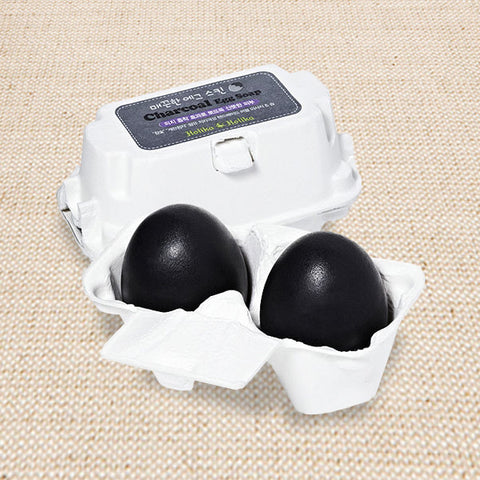 (Holika Holika) Charcoal Egg Soap