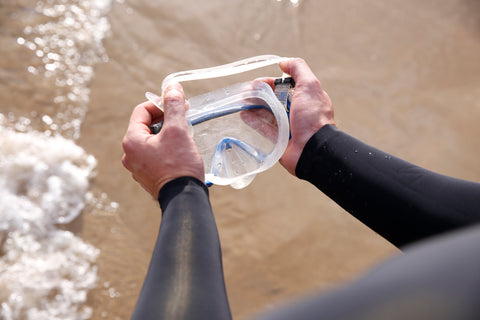 Find out how to fit into a wetsuit