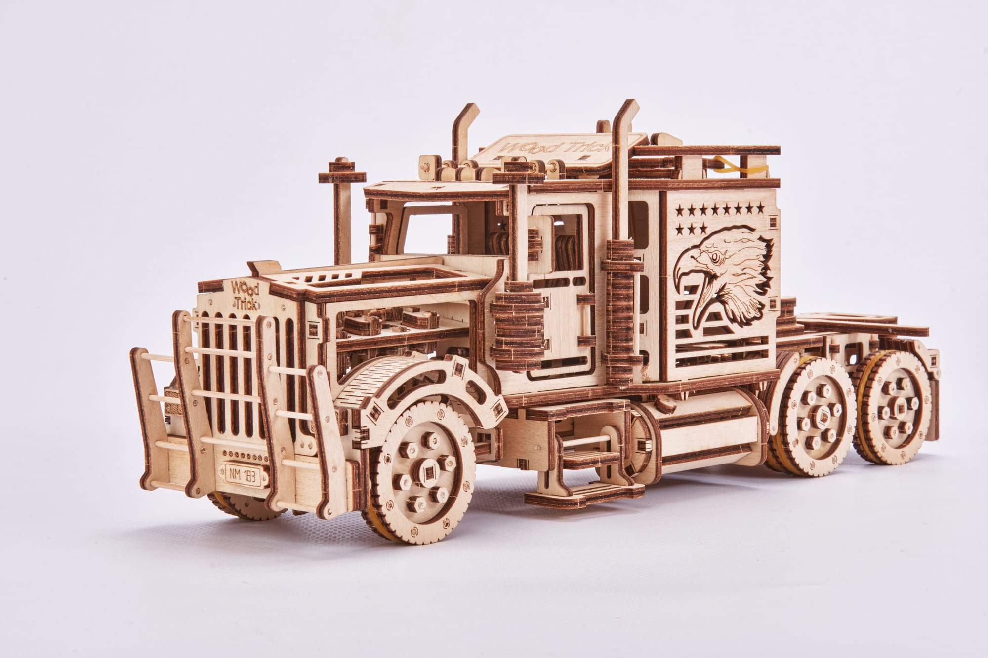 Big Rig Wooden 3D Puzzle - Walking Pants Curiosities