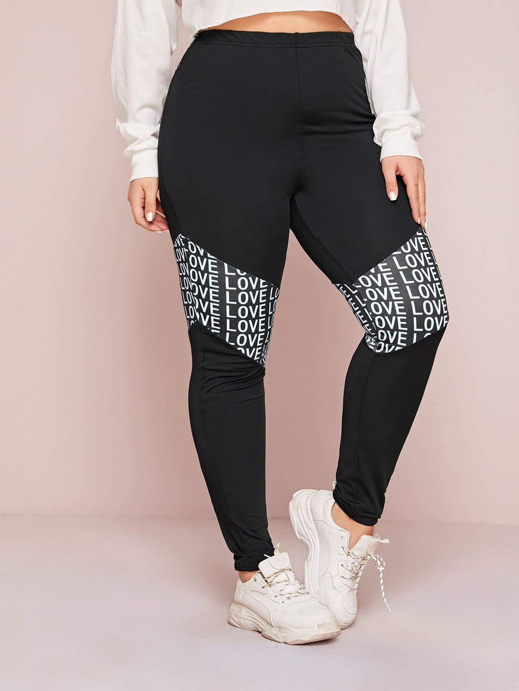 Plus Size Sporty Love Letter Print Skinny Leggings