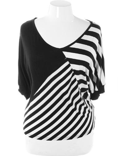 Plus Size Trendy Abstract Stripe Loose Top