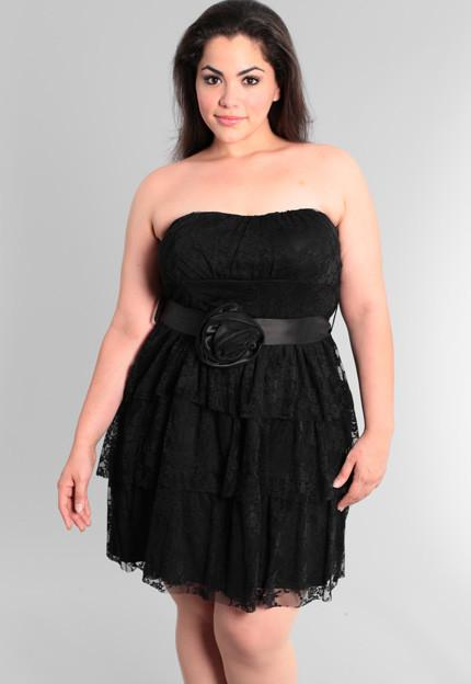 Plus Size Gorgeous Vintage Layered Lace Black Tube Dress