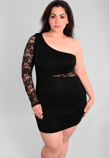Plus Size Sexy One Shoulder See Through Lace Top