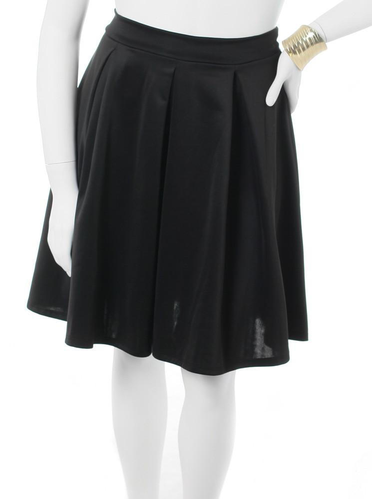 Plus Size Classic Pleat Black Skirt