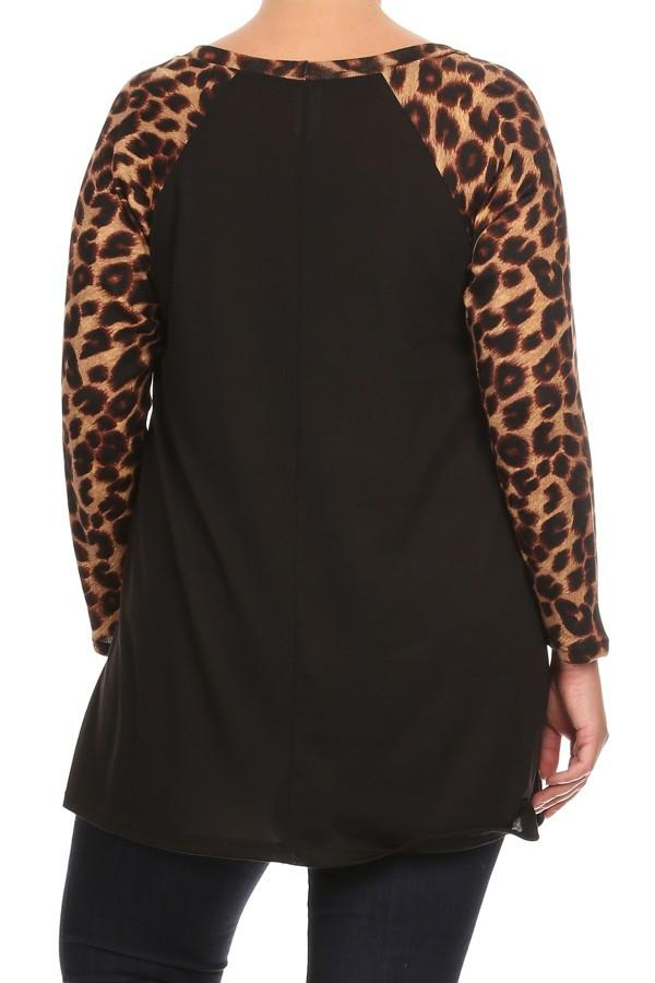 Plus Size Print Waist Length Long Sleeve Top - Black