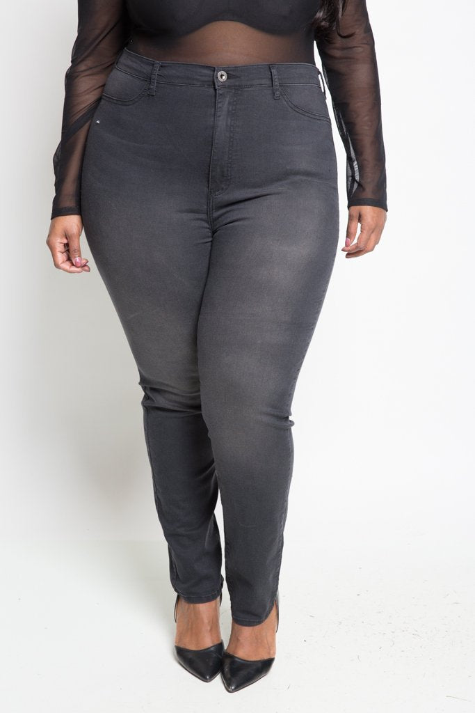 Plus Size Classic High Rise Skinny Jeans