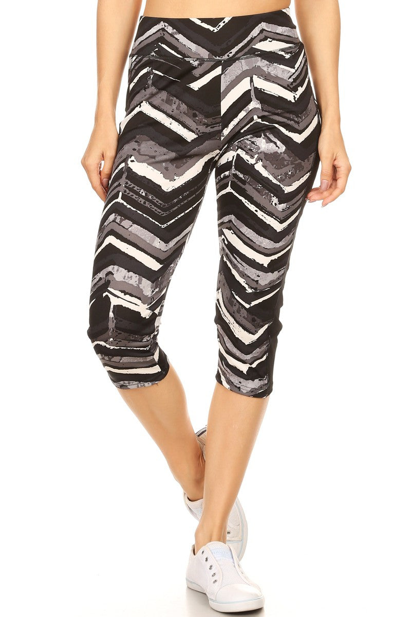 Mixed Chevron Print Knee-Length Leggings