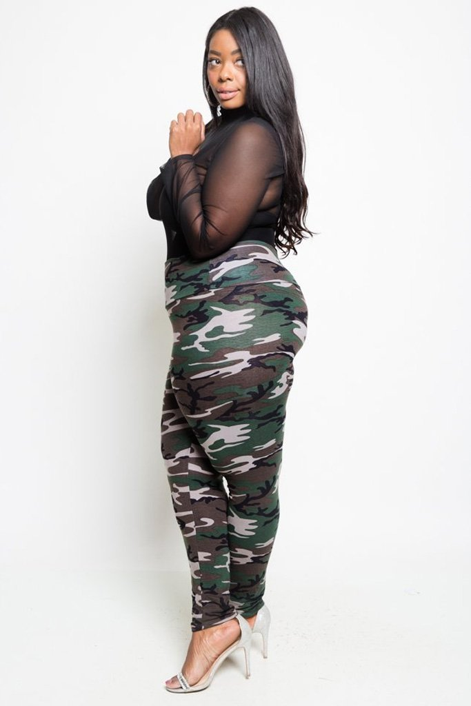 Plus Size Camo Print High Waist Leggings