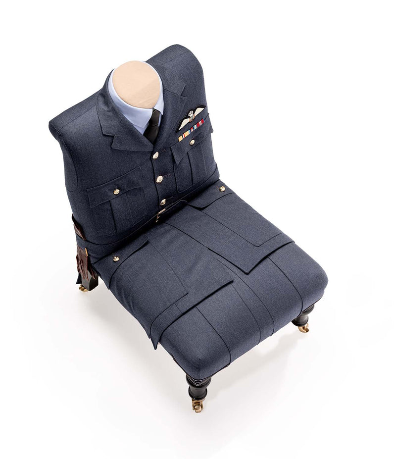 RAF FLIGHT LIEUTENANT CHAIR