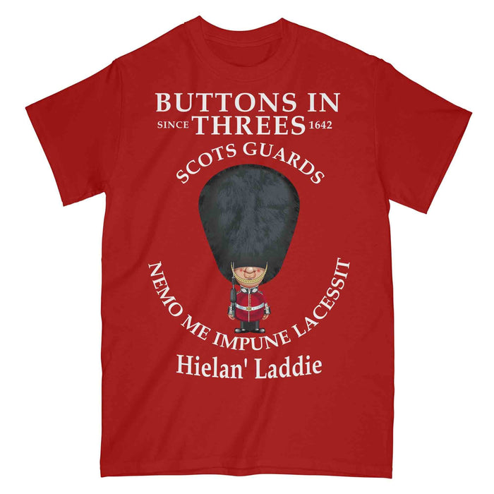 SCOTS GUARDS BUTTONS IN THREE'S Military Printed T-Shirt