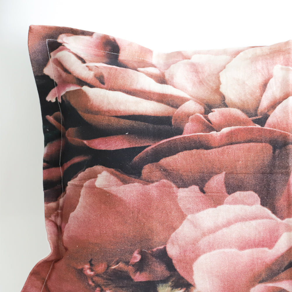 Sundae Morning - Petals Linen Pillowcase Set