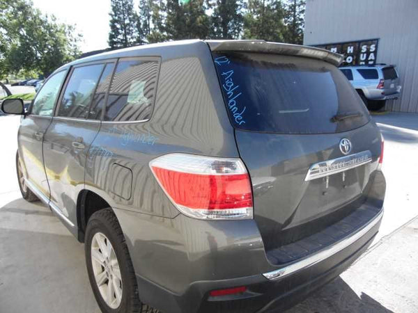 Bumper Assembly, Rear 2012 Toyota Highlander