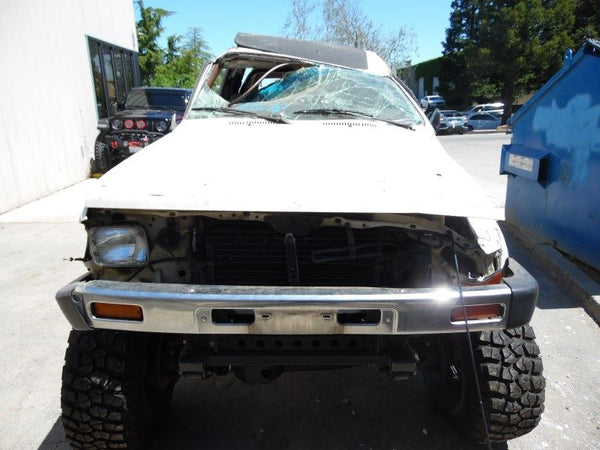 Door Glass, Front 1986 Toyota 4Runner