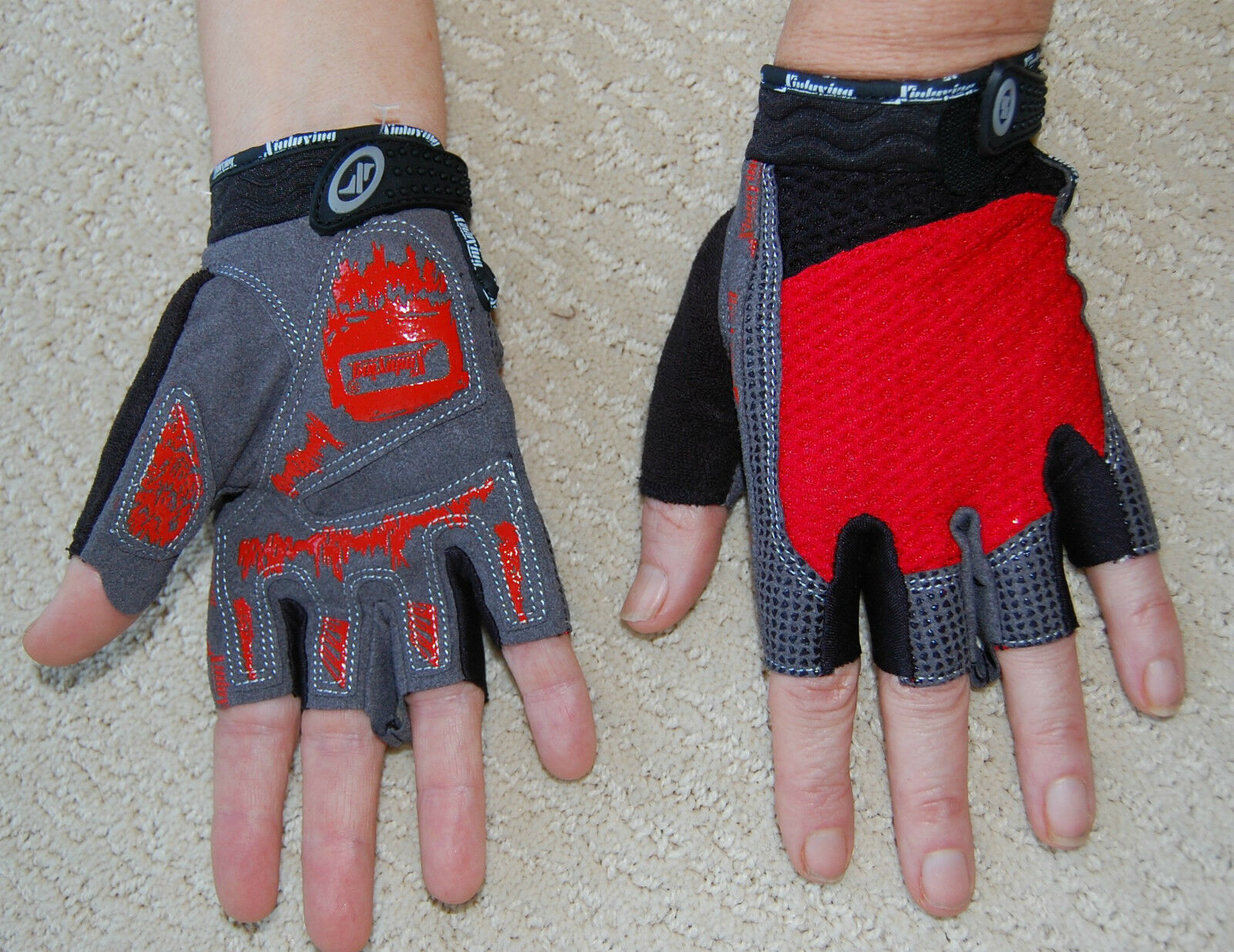 Sporting Clothing Accessories Cycling Half Finger Gloves Unisex (Red & Grey)