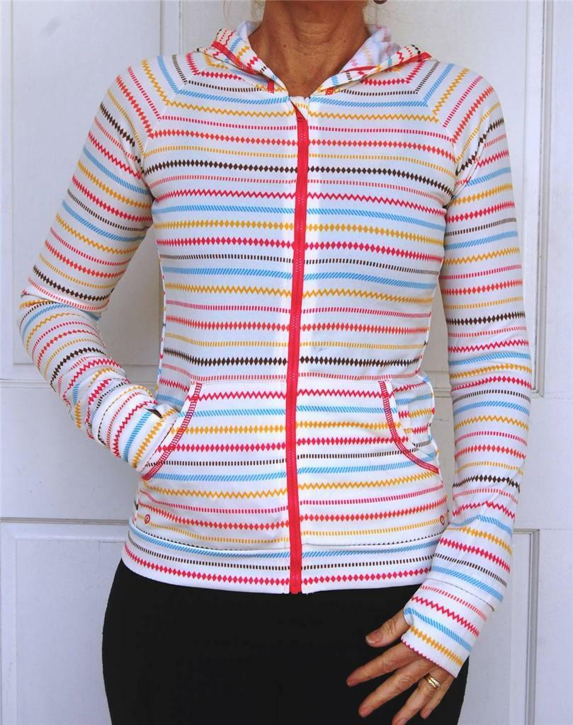 Womens Sports Clothing (Pink coloured stripe)