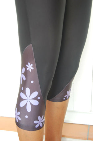 Sporting Clothing Cycling Bicycle padded Knicks 3/4 pants Shorts Ladies Womens (Black/Purple design) XS