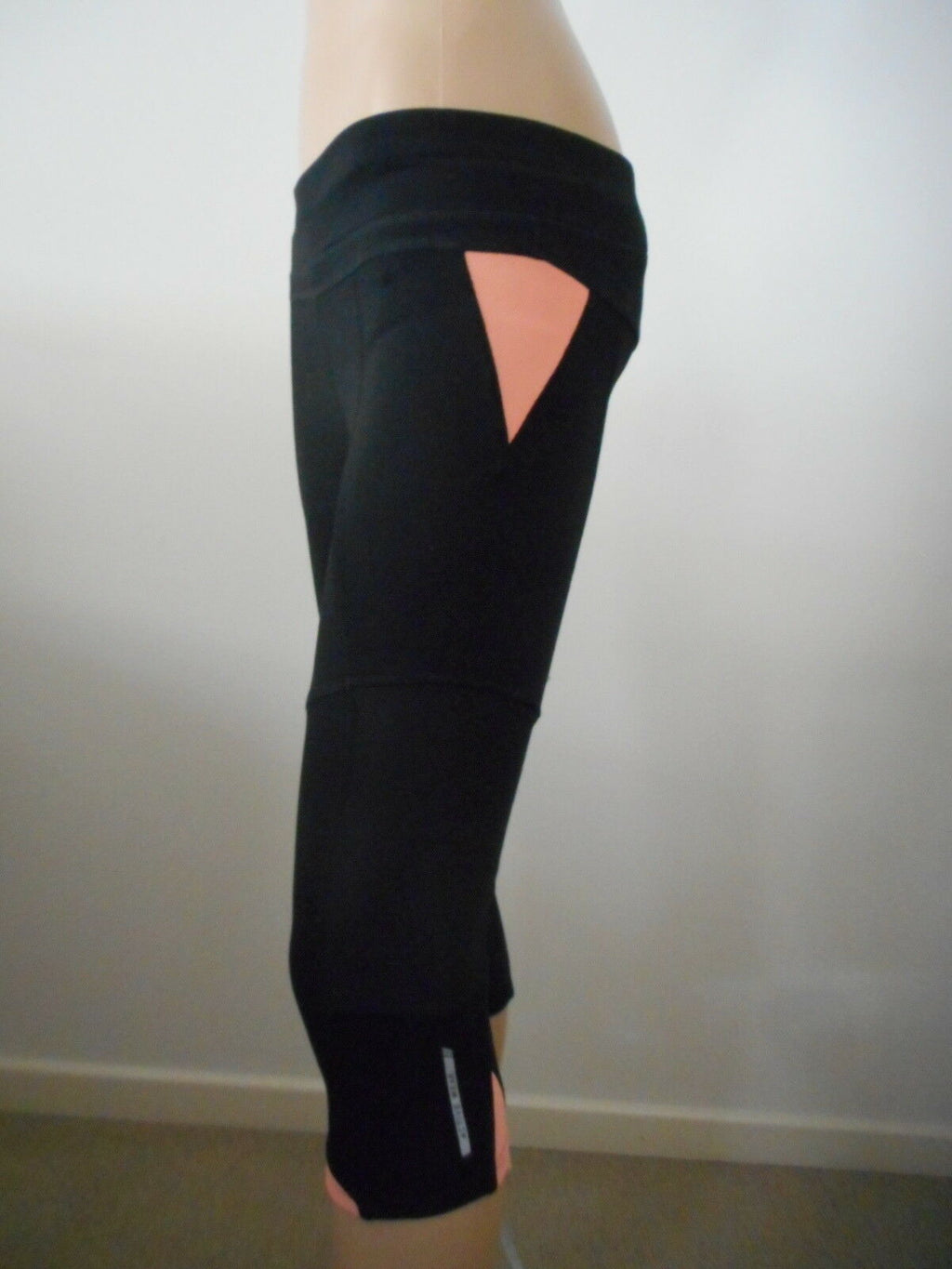 Women's 3/4 length fitness tights (black with orange detail)