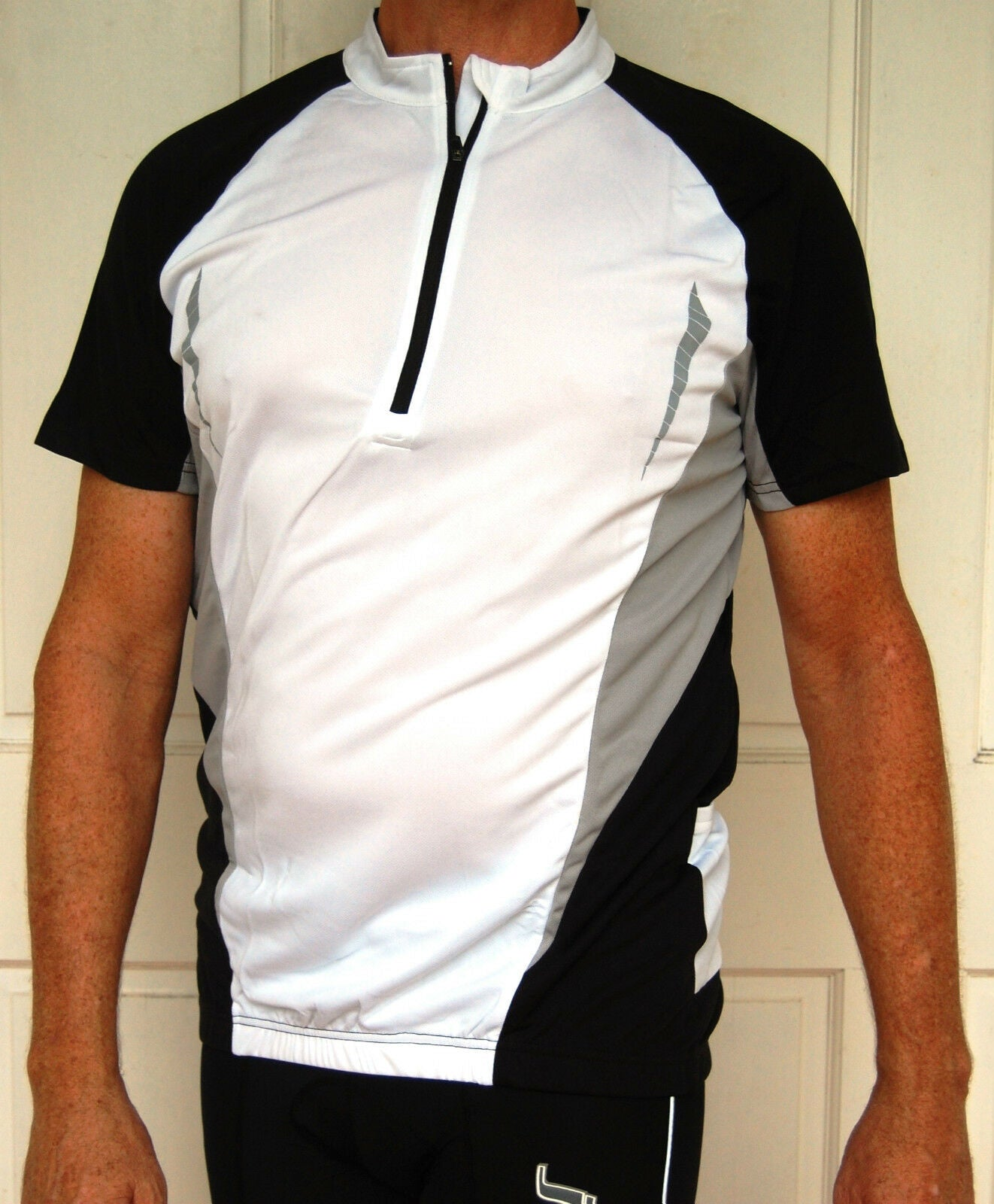 Unisex short sleeved cycling jersey (black/white)