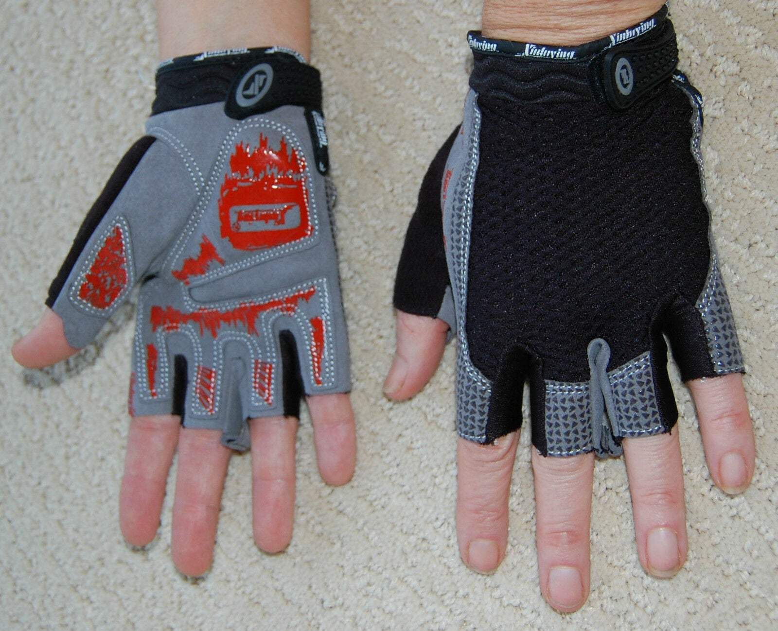 Sporting Clothing Accessories Cycling Half Finger Gloves Unisex (Black & Grey)