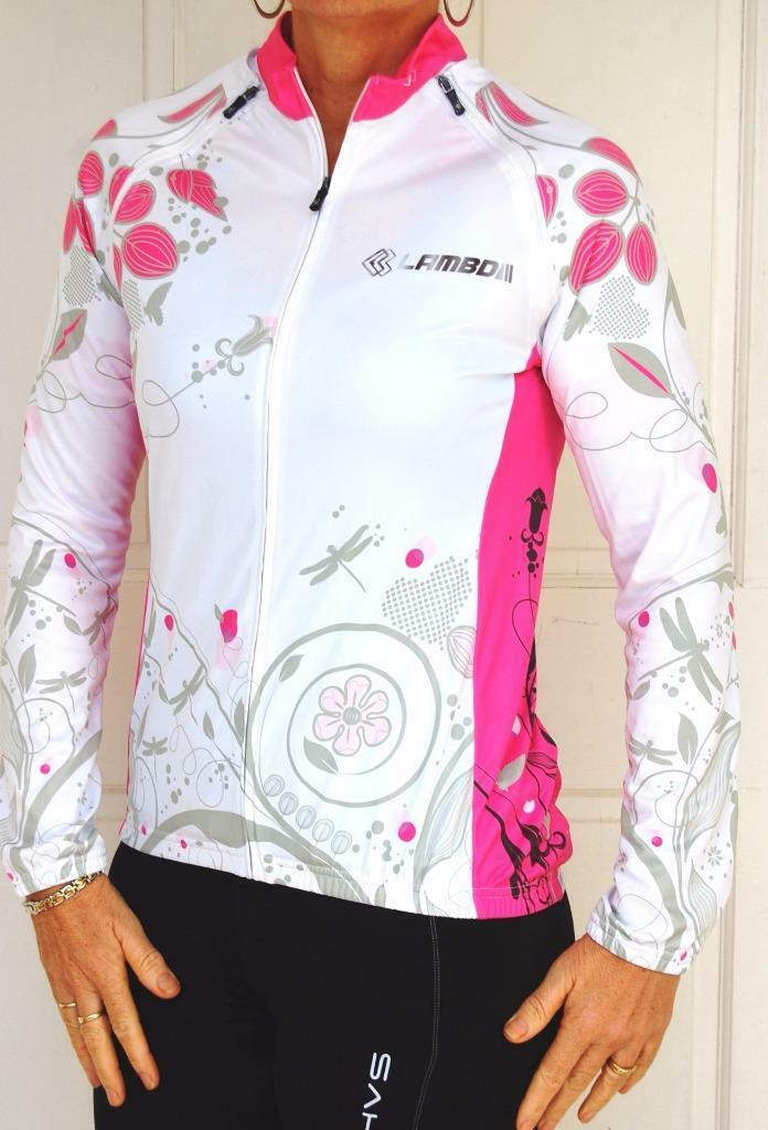 Women's cycling jersey with zip off sleeves.
