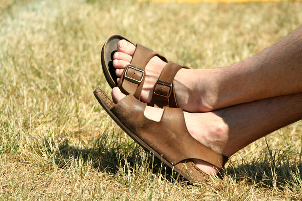 mens summer fashion guide featuring manscaped