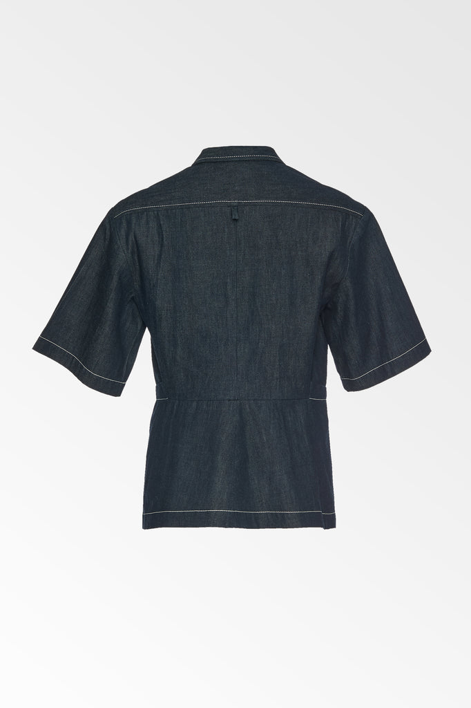 Chambray dart front short sleeve shirt