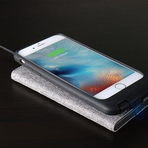 FabricDock 亞麻布面無線充電板-灰色-qi 無線充電支援iPhone 8, iPhone 8 Plus, iPhone X, iPhone XS, iPhone XS Max, iPhone XR, iPhone 11, iPhone 11 Pro, iPhone SE - HOMI CREATIONS - LCW Fashion Ltd.