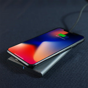 FiberDock 碳纖維紋路無線充電板-qi 無線充電支援 iPhone 8, iPhone 8 Plus, iPhone X, iPhone XS, iPhone XS Max, iPhone XR, iPhone 11, iPhone 11 Pro, iPhone SE - HOMI CREATIONS - LCW Fashion Ltd.