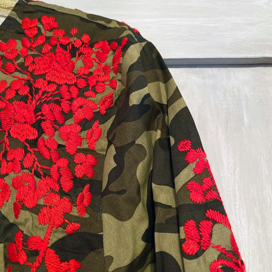 Camo with Red Embroidery 3/4 Sleeve Blouse (XS)