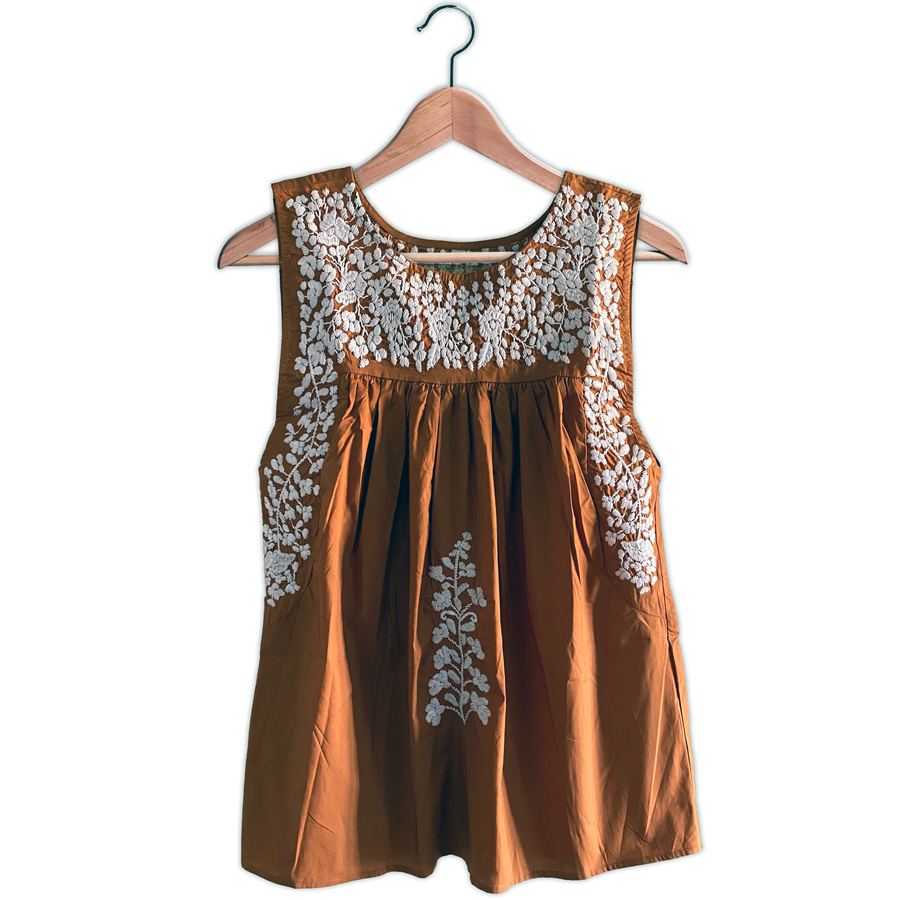 Longhorn Sleeveless Blouse (Now In Stock)