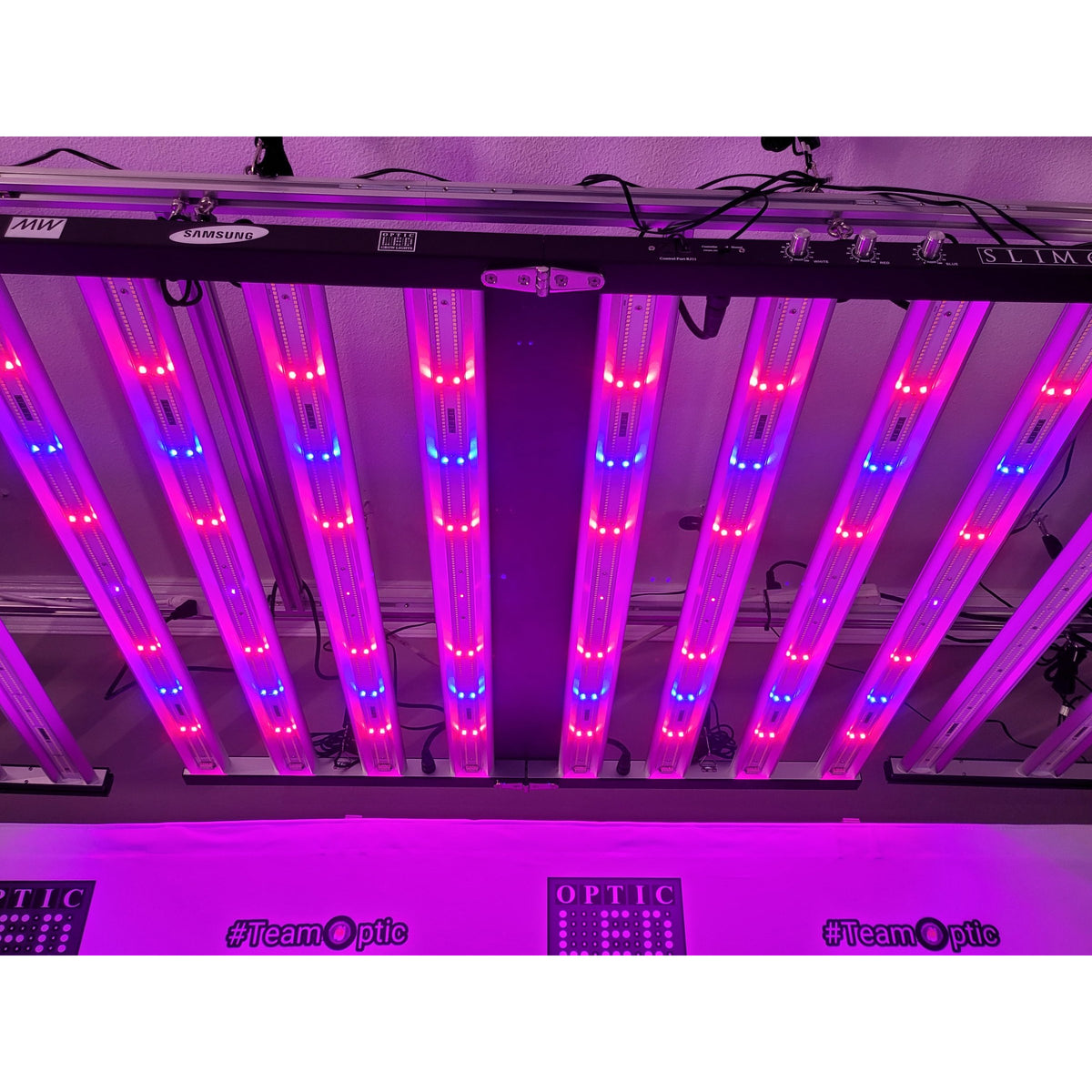 Optic LED Optic LED Slim 650S 650w 3500k Dimmable Full Spectrum LED Grow Light