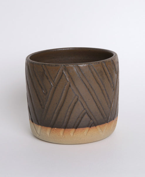 Chevron Black Carve Pot