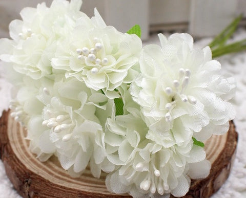 White silk flowers-bunch of 5