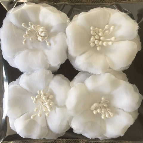 White silk flowers, pack of 4