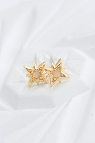 GOLD TWINKLE STUDS