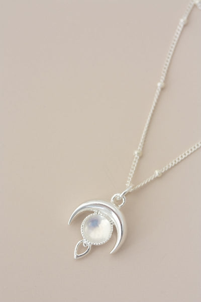 LUNA MOONSTONE NECKLACE SILVER