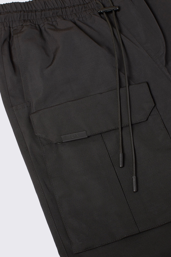 Removable pockets on black cosmo cargo pants for men