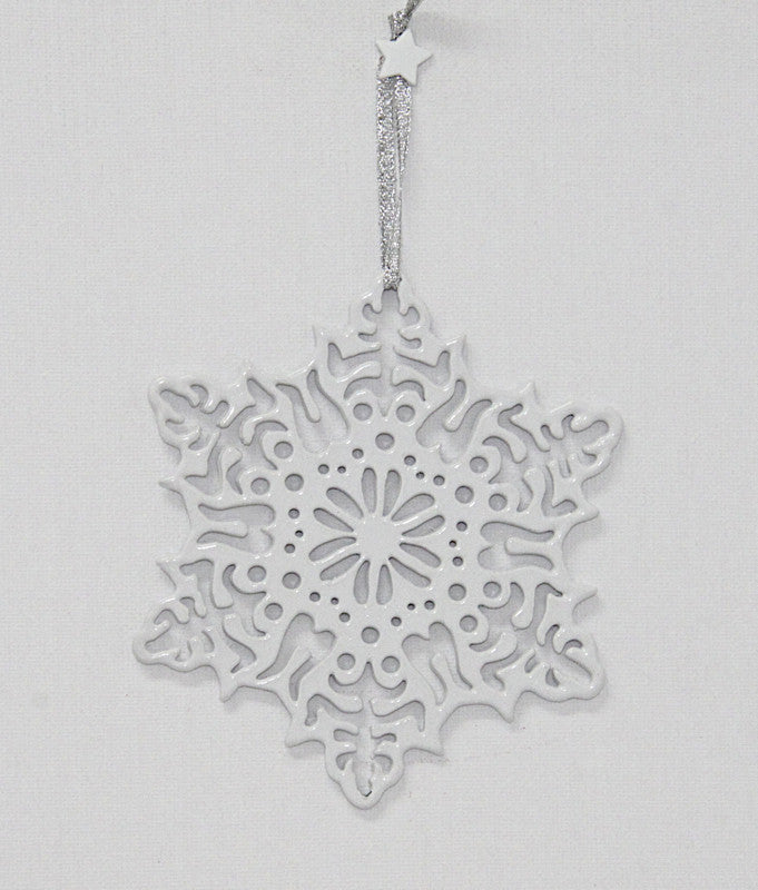 Christmas Decoration – Filigree Decoration White