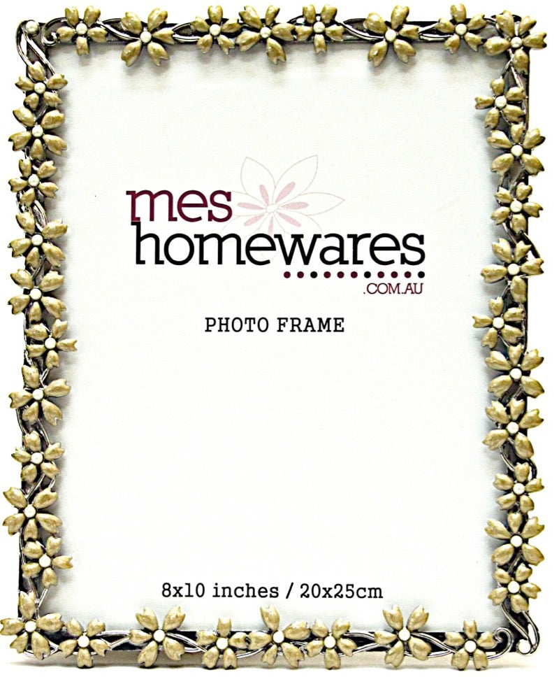 Photo Frame Few Flowers  Antique White