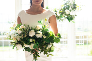 modern wedding flowers bouquet bride artificial flowers silk white and green